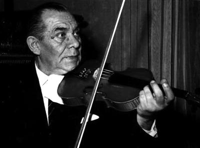 Ilie Tetrade – primul dirijor al orchestrei de muzică populară a Filarmonicii de Stat Cluj